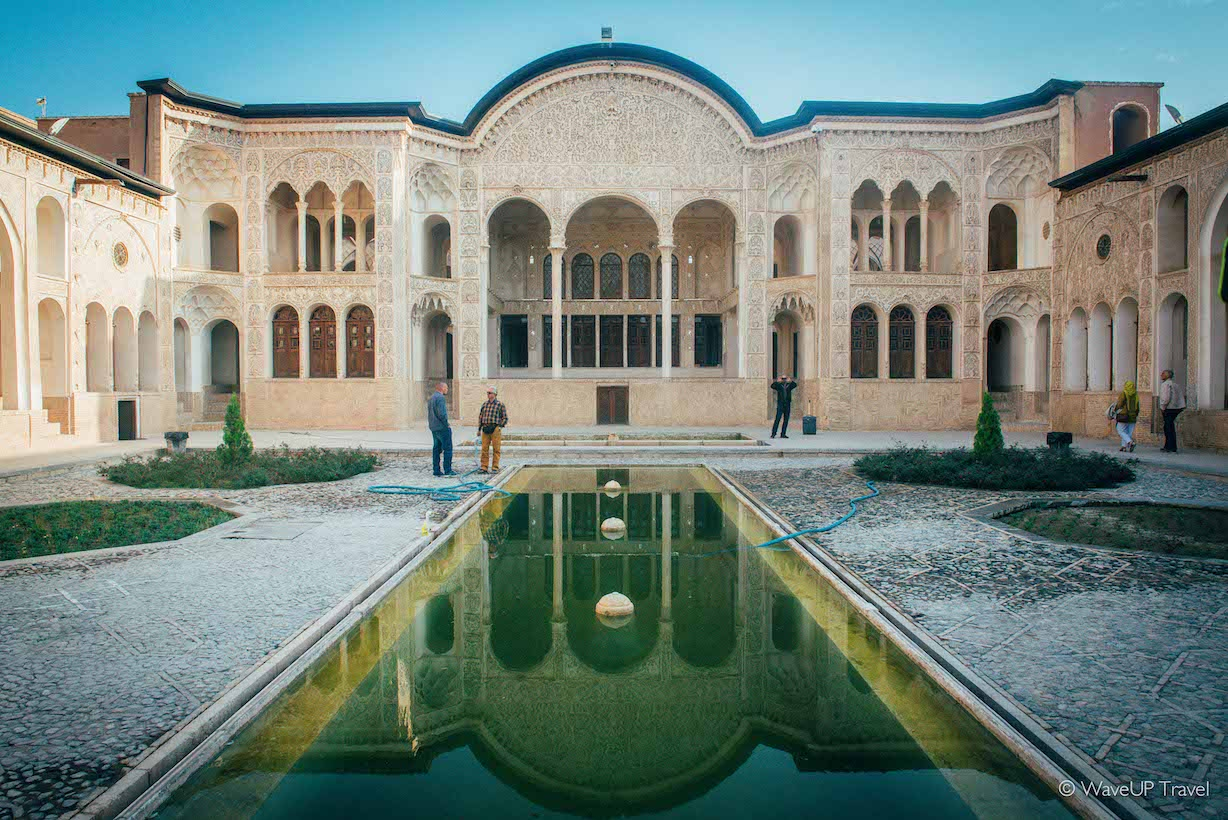 Iran tour: top-10 sights-  Kashan traditional houses
