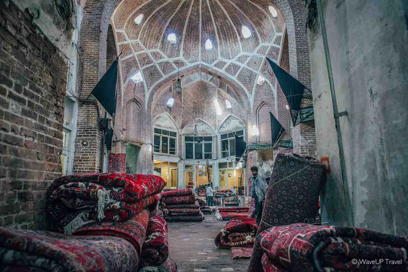 Iran tour: top-10 sights - Tabriz bazaar